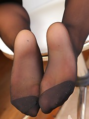 ass legs and feet in nylons worship videos